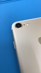 iPhone7メインカメラカバーガラスの修理後写真