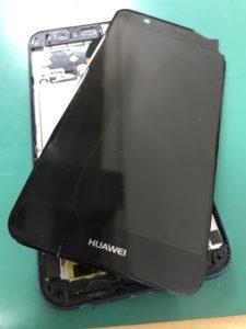 HUAWEInova2画面交換修理の修理中写真