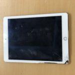 iPadAir2の画面割れ時写真
